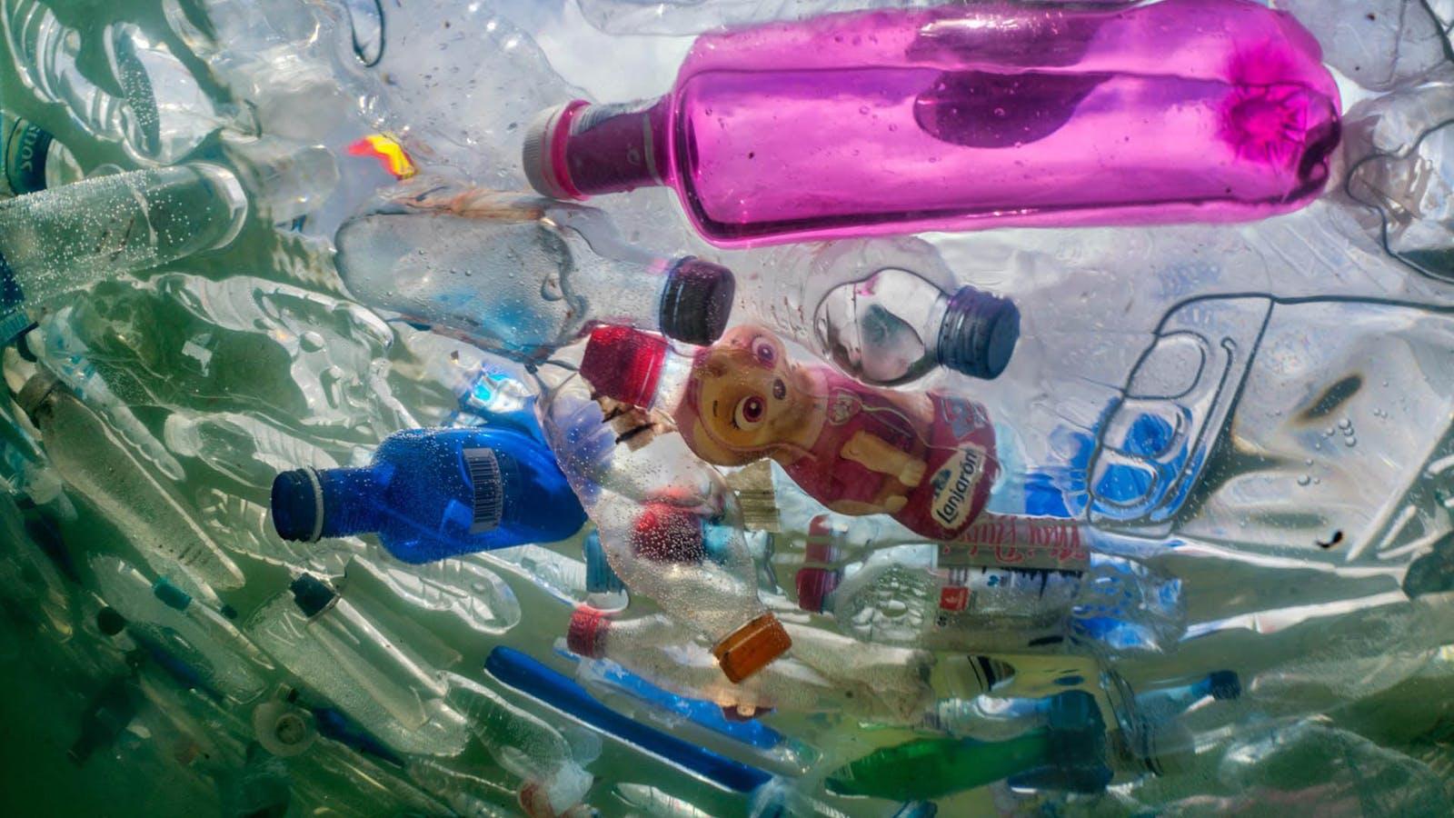 پلاستیک در جهان